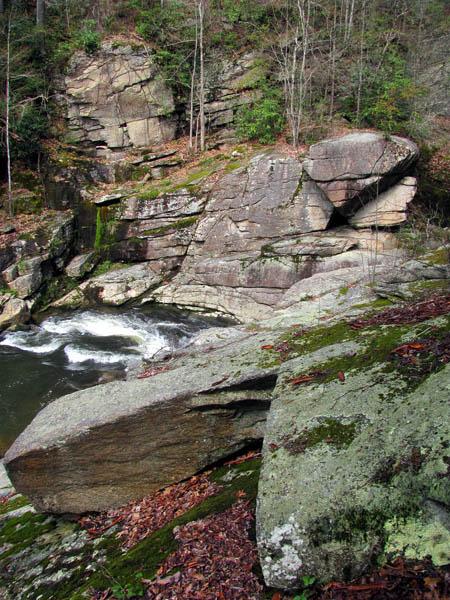 rectangle rock near twisting falls