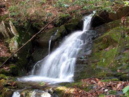 Middle part of Middle Simmons Branch Falls