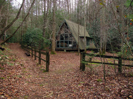 Private Chalet along the Squibb Creek Trail