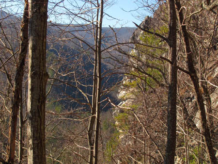 Side view of the cliffs and the Rocky Fork Valley